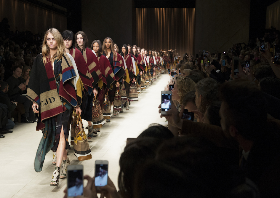 Burberry Prorsum Womenswear Autumn_Winter 2014 Show Finale