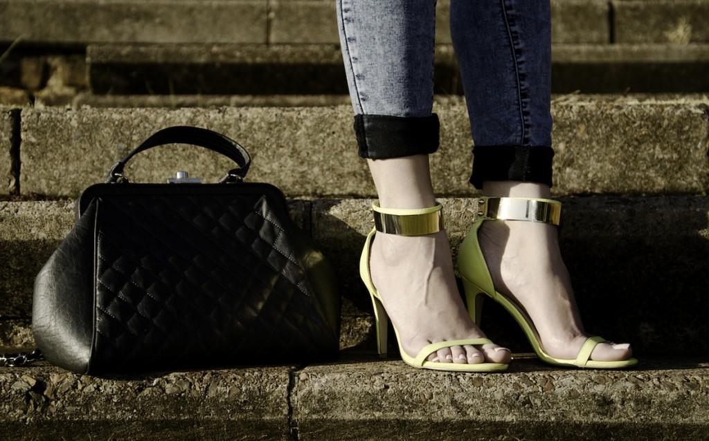 Style Blogger: Yellow stilettos