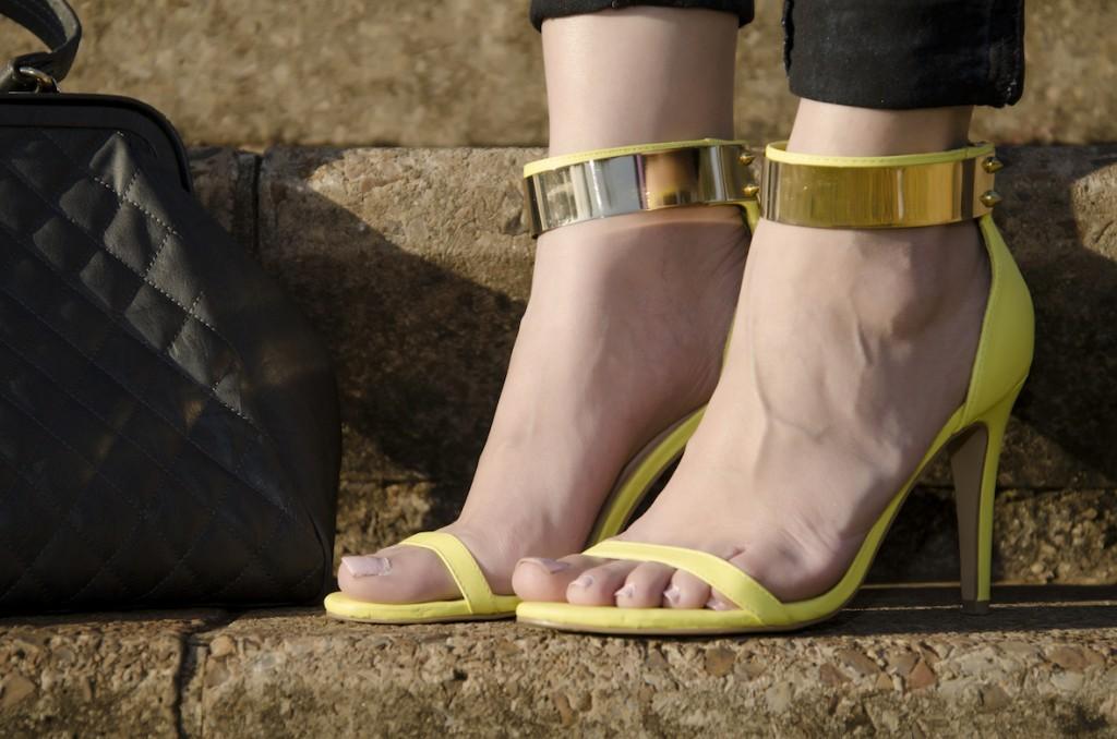Style Blogger: Yellow stilettos ASOS
