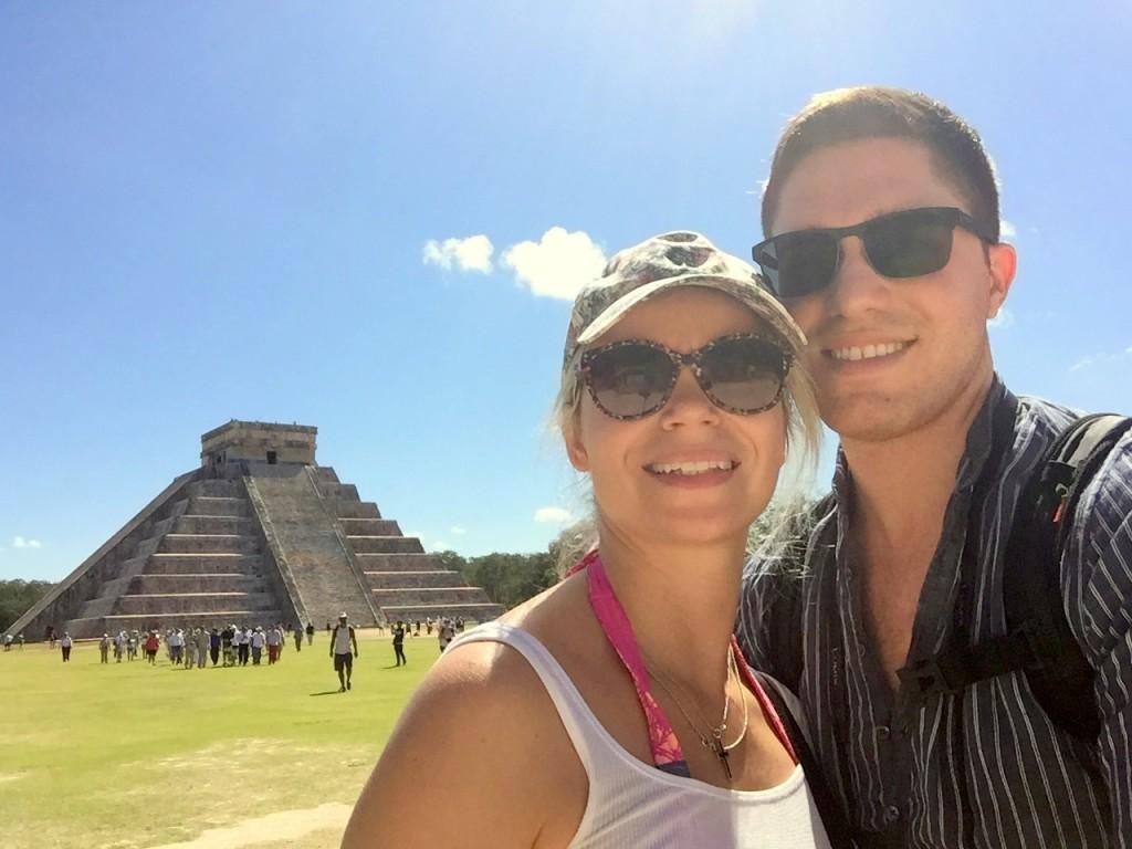 Chichen Itza El Castillo pyramid
