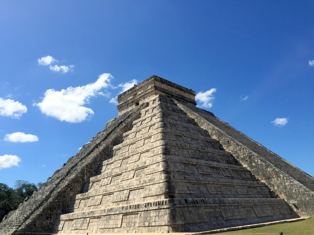 Chichen Itza Kukulkan Pyramid